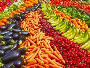 La frutta e la verdura che fa bene alla tua pelle: cosa devi mangiare?